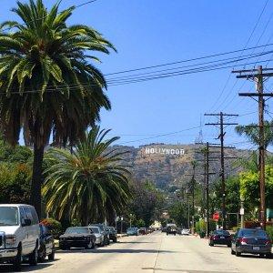 En route vers le signe Hollywood